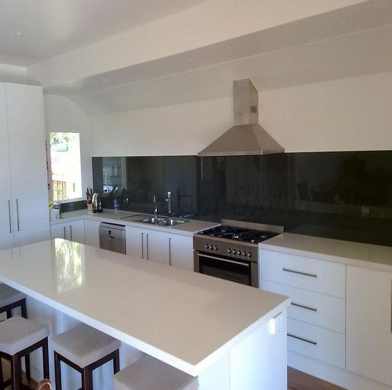 Splashback glass